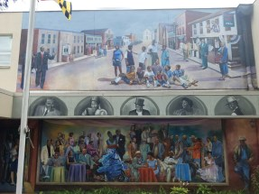 Mural_at_The_Stanton_Center