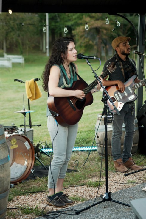 Jessie playing a 3-hour set with her band Amber North at Great Frogs Winery in Annapolis.