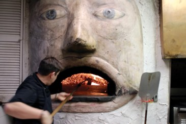 Grasso stokes the fire in Dolce Vita's signature brick oven_01