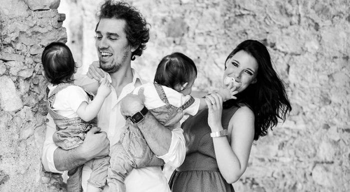 Pais de gémeos - 12 Dicas para sobreviver em casal