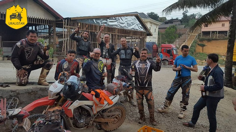 Accompagnement d'un circuit moto au Nord du Laos, Off Road Laos adventures