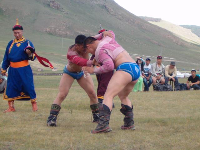 Lutte Mongole - festival de Naadam, Mongolie - URALISTAN