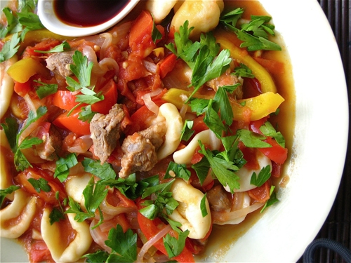 Gastronomie Kirghize, traditionnel du Kirghizistan : Laghman