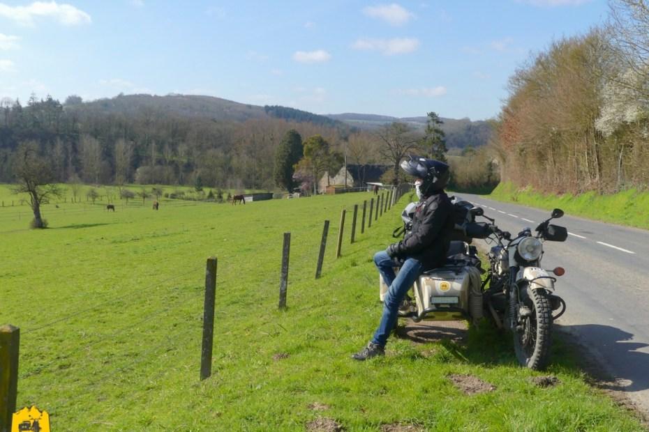 Road trip moto en Suisses Normande - URALISTAN