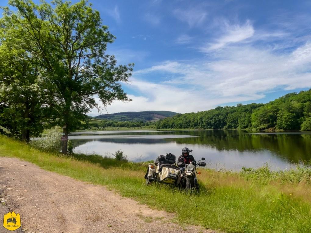 Lac de Crescent - Voyage moto dans le Morvan - URALISTAN