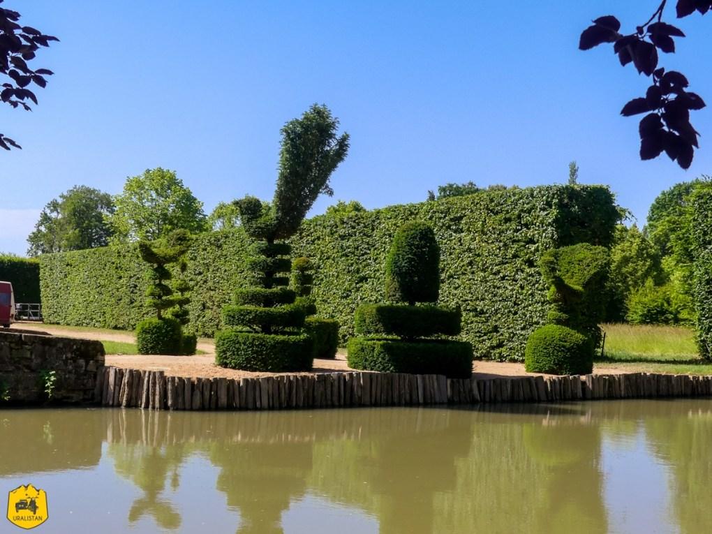 Château d'Ainay-le-Vieil - Voyage moto dans le Berry Val de Creuse - URALISTANll