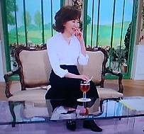 今日は、長めのドル&ガバのスカート 靴は、ジミーチュー