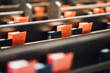 church-pews-hymns