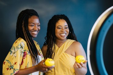 lemons-2-lemons-header