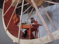 https://urbabillard.wordpress.com/2014/03/08/en-orbite-dans-une-roue-de-hamster/