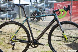 The Focus carbon Mares CX Rival 1. © Clifford Lee / Cyclocross Magazine
