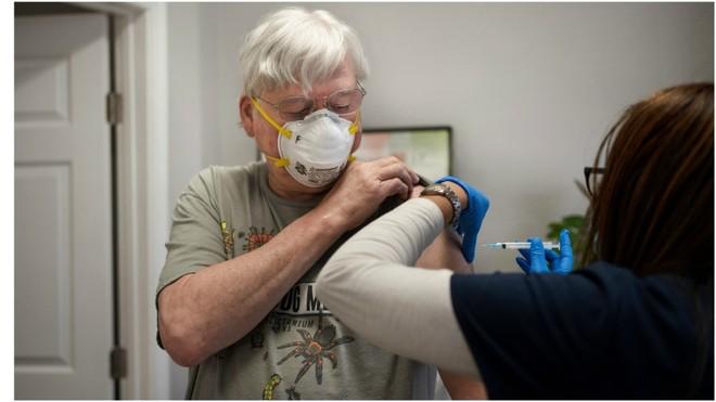 """Vamos a poder vacunar a los que más riesgo corren"", dijo asesor de Gobierno bonaerense"