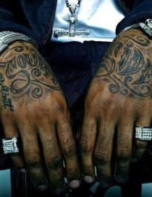 Les mains de Lloyd Banks