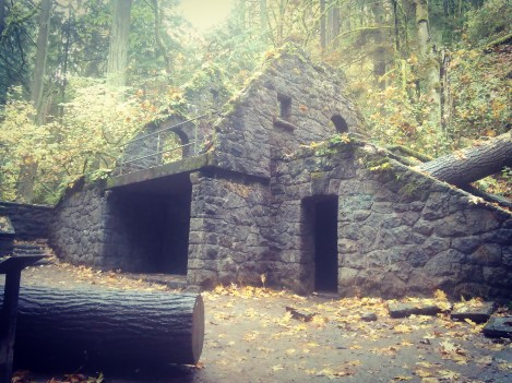 the-stone-house-aka-witches-castle-a-wpa-built-comfort-station-destroyed-mostly-by-the-columbus-day-storm-of-1962-witchescastlepdx_30533277406_o