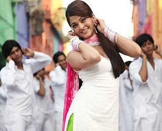 aishwariya rai, holi, action replay