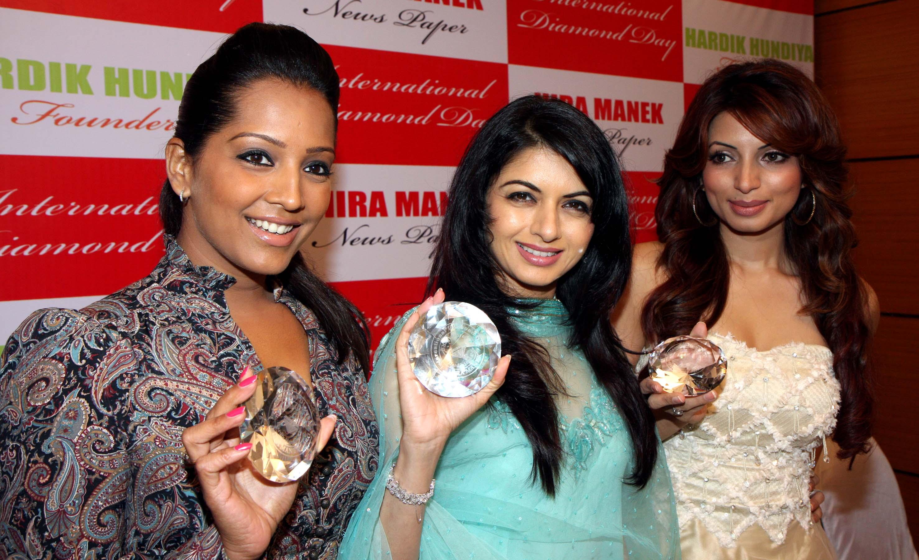 meghna naidu,bhagyashree & shama sikander