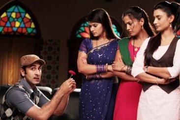 Ranbir 'Barfi' Kapoor with Zee TV's leading ladies Kratika Sengar, Gukli Joshi and Rati Pandey