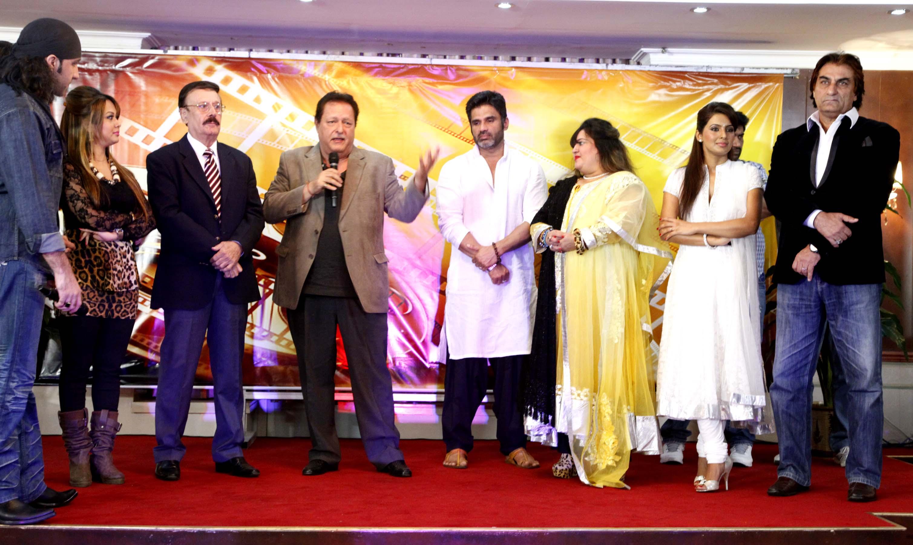 parikshit sahni,sunil shetty,dolly bindra,geeta basra & ali khan