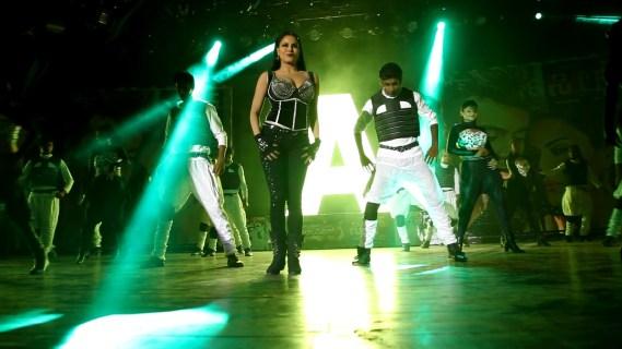 Veena Malik as Silk Smitha9