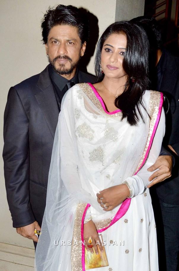 130703_222928Shahrukh Khan With Priyamani At Music Launch
