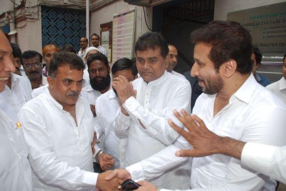 Sanjay Nirupam With Vice-President Of Minority Parvez Lakdawala