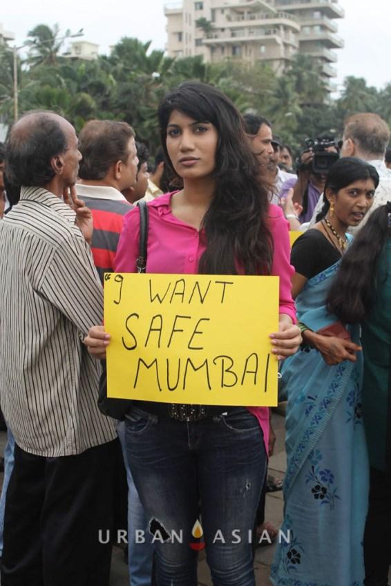 130825_180559Actress Reshma D'souza Protest against rape case_