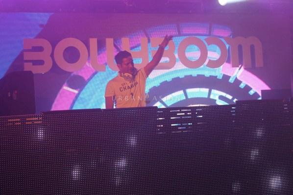 DJ Llyod Performin At Party