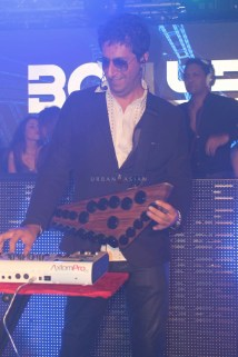 Sulaiman performing at party