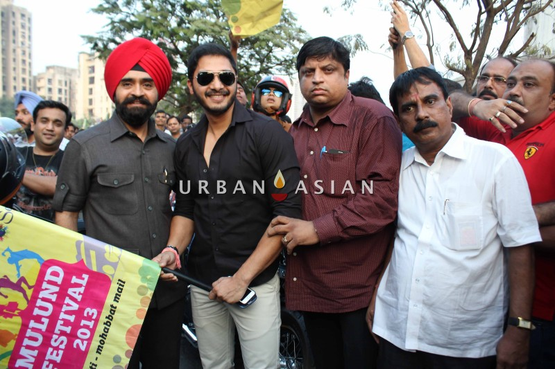 Charan Singh Sapra With Shreyas Talpade At Mulund Bike Rally