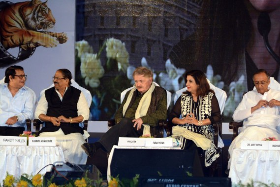 GUEST OF HONOUR DIRECTOR FARAH KHAN AT THE CLOSING CEREMONY OF KIFF (5)