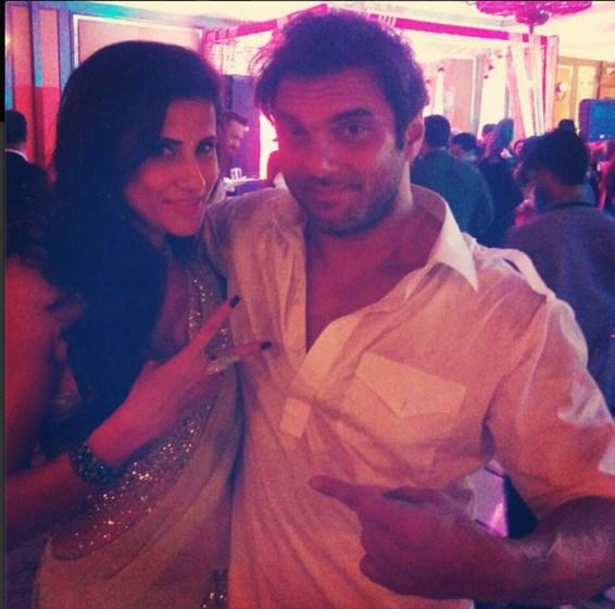 Salman-Khan-Sister-Arpita-Khan-Wedding-Photos-01653