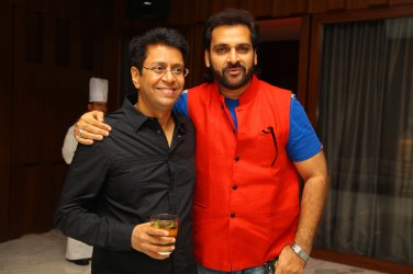 Anand with Shabash khan at b'day party