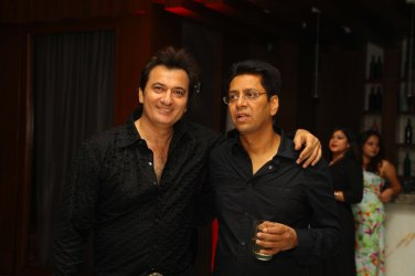 Avinash Vadhwa with Anand Saxena at B'day Bash