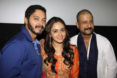 Shreyas Talpade, Amruta Khanvelkar & Jitendra Joshi
