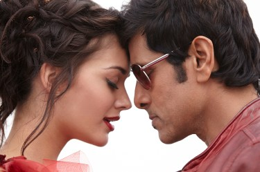Vikram & Amy Jackson in I (1)