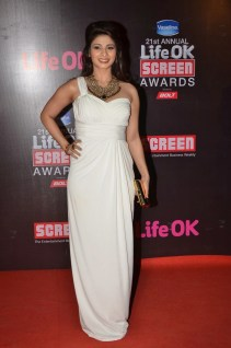 08-Tanishaa At Red Carpet For Screen Awards