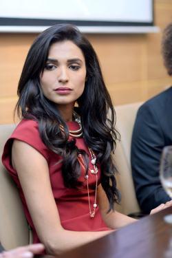 Driven's lead actress Amna Ilyas (2)