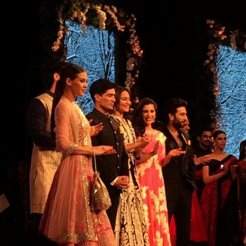 Cancer Aid Association, Manish Malhotra