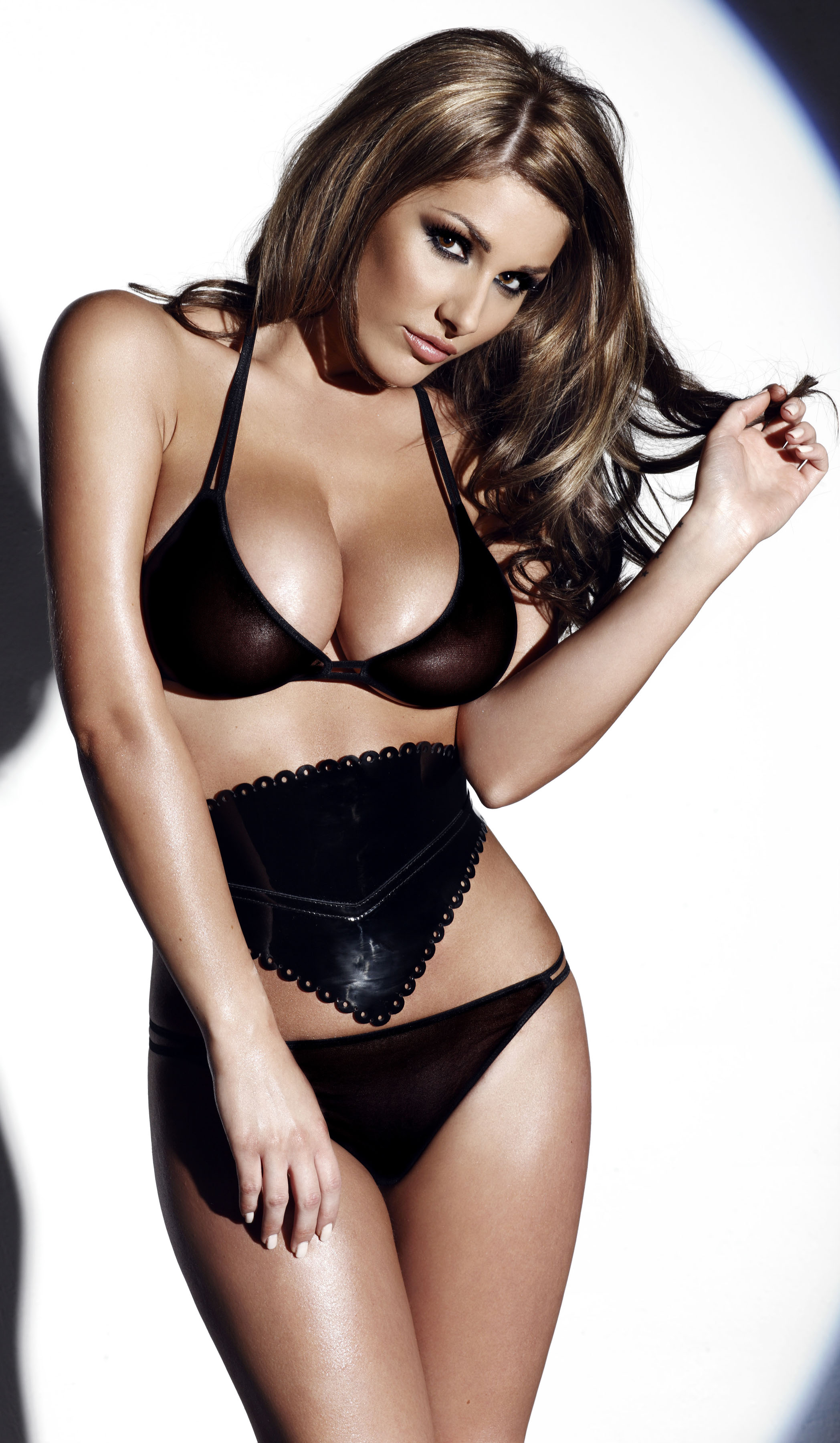 Lucy Pinder Location Shoot 10186