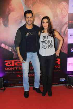 Varun Dhawan and Preity Zinta at the success bash of Badlapur at sofitel bandra (19)