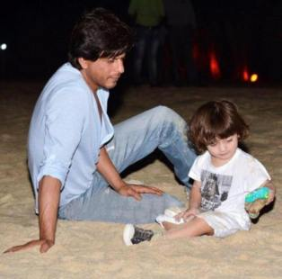 SRK with his prince AbRam