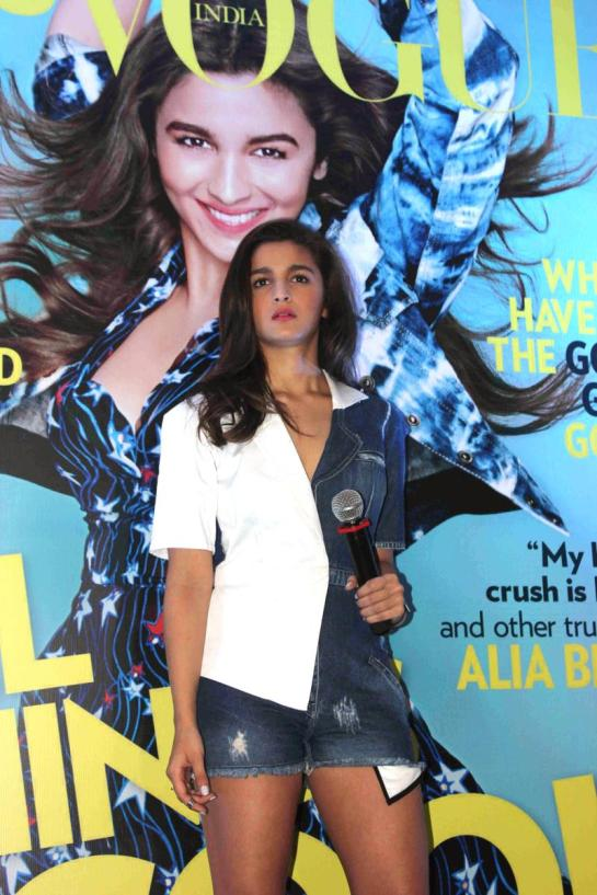 alia-bhatt-launches-first-edition-of-miss-vogue-india-101