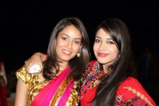 Mira Rajput (on the left) with friend
