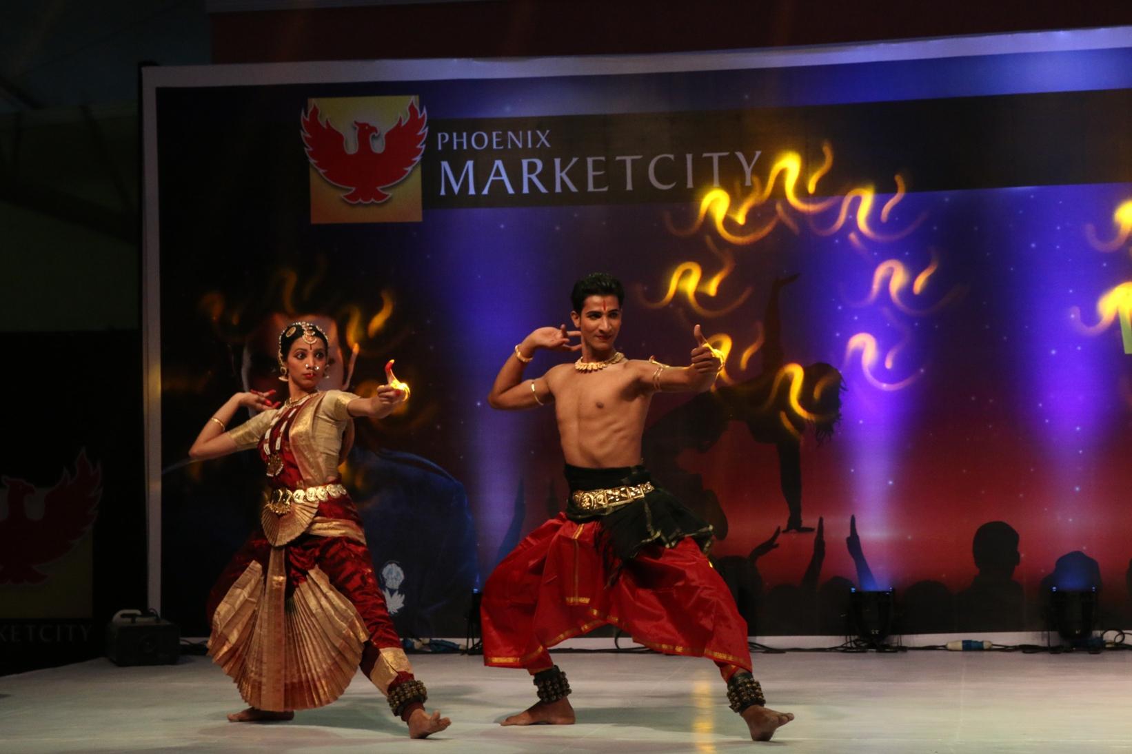 Sandip Soparrkar's students perform at India Dance Week- 2nd Edition, Phoenix Marketcity Kurla