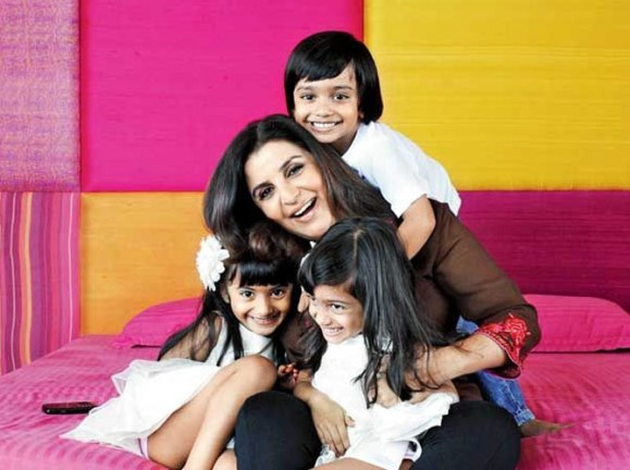 Farah Khan and her three !