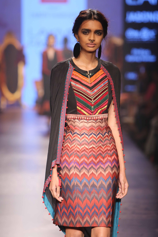 """Tarun Tahiliani's """"Easy Glamour"""""""