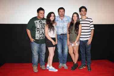 Rishabh Arora, Daina Khan, Sunny Deol, Aanchal Munjal and Shivam Patil (3)