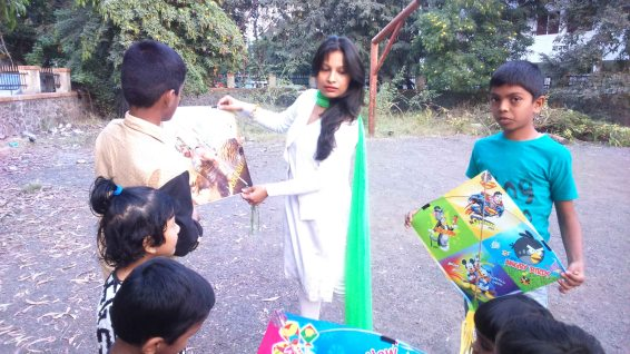Kesariee Celebrating Kites with Children5