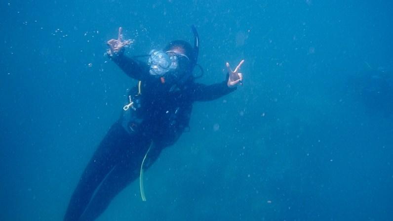 sonakshi sinha goes scuba diving (3)