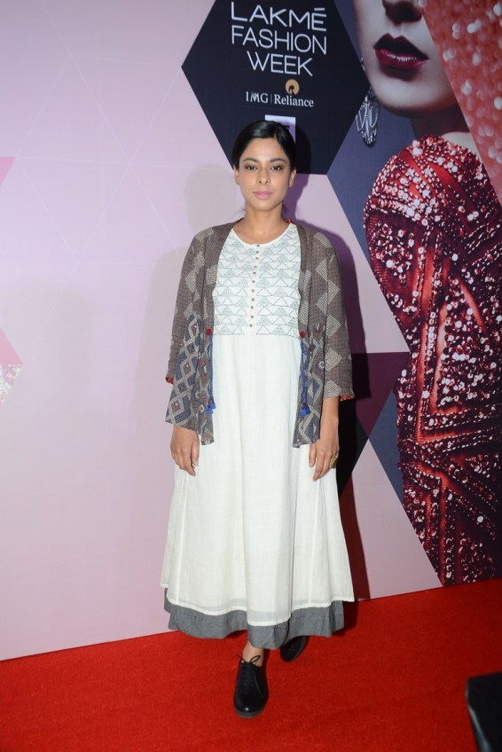 Sugandha Garg wearing Indigene by Jaya & Ruchi at LFW - curtain raiser (3)